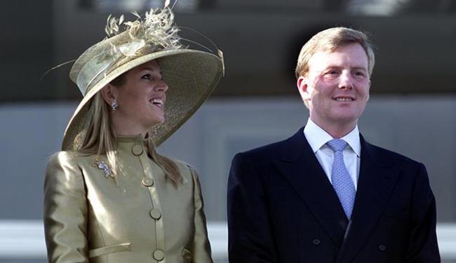 O dia deve culminar com uma viagem do novo rei e da nova rainha pelos canais da capital - Foto: Jamil Bittar | Reuters | Arquivo