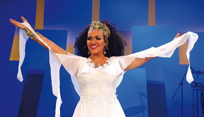 Mariene de Castro faz show no Terreiro de Jesus - Foto: Washington Possatto l Divulgação