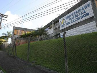 Crime aconteceu no campus da Ucsal da Avenida Pinto de Aguiar - Foto: Mila Cordeiro   Ag. A TARDE