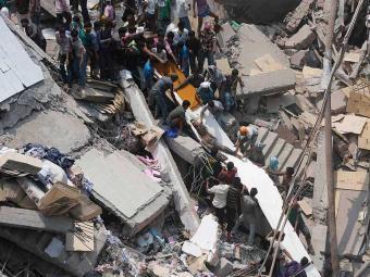 Autoridades disseram que pode levar mais cinco dias até que a área seja limpa - Foto: Agência Reuters