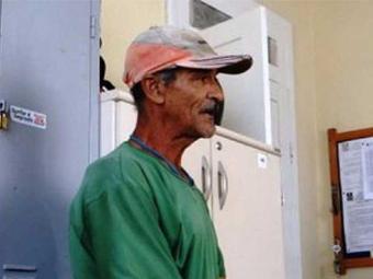 Pedreiro foi autuado em flagrante pela polícia - Foto: Aldo Matos | Acorda Cidade