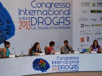 Congresso discutiu questão das drogas - Foto: Fabio Rodrigues Pozzebom | ABr