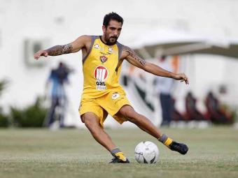 Escudero deixa o departamento médico e confirma presença no primeiro jogo da final do Baianão - Foto: Eduardo Martins | Ag. A TARDE