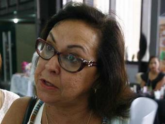 Senadora sugere que torcida tem que se movimentar para tirar presidente - Foto: Gildo Lima| Ag. a TARDE. 18/11/2011.