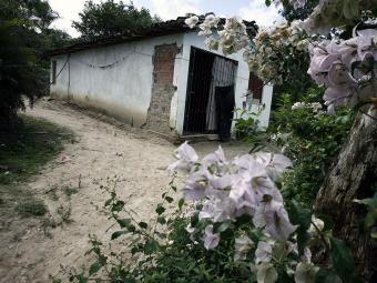 Irmãos moravam nesta casa, em Alagoinhas - Foto: Luiz Tito | Ag. A TARDE