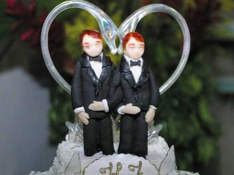 Em relação aos casamentos heterossexuais, a proporção de uniões gays ainda é pequena - Foto: Edmar Melo   Arquivo/Ag. A TARDE