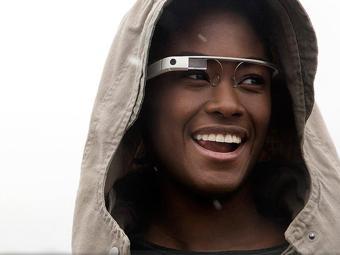 Google ainda trabalha versão beta do Glass - Foto: Divulgação   Google