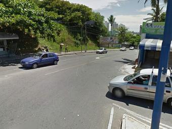 Assalto aconteceu em rua movimentada do bairro - Foto: Reprodução | Google Street View