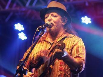 Geraldo Azevedo canta os sucessos dos seus mais de 30 anos de carreira e fala de amigos - Foto: Mila Cordeiro | Ag. A TARDE