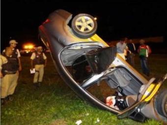 Alisson foi preso após capotar o veículo roubado - Foto: Aldo Matos | Acorda Cidade