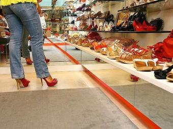 Saltos altos aumentam riscos de entorse no tornozelo