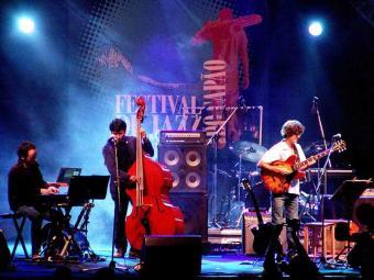 Em 2010, o palco do festival recebeu a banda Mou Brasil Quertet - Foto: Divulgação