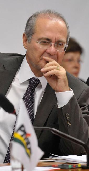 Calheiros afirmou que o Congresso não aceitará o controle prévio - Foto: Renato Araújo | Abr