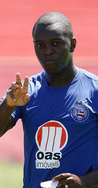 Recuperado de lesão muscular, Zé Roberto treina entre titulares e está confirmado para o Ba-Vi - Foto: Gildo Lima| Ag. A TARDE