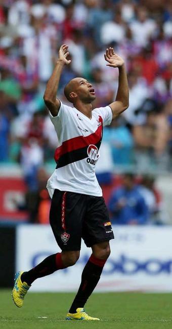 Dinei brilhou e marcou quatro gols no clássico contra o Bahia - Foto: Eduardo Martins | Ag. A TARDE
