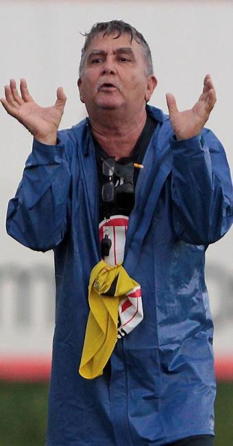 Treinador interino comandou treino nesta sexta - Foto: Eduardo Martins | Ag. A TARDE