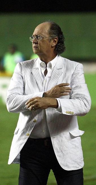 Técnico concedeu longa entrevista ao editor Luiz Teles - Foto: Raul Spinassé   Ag. A TARDE