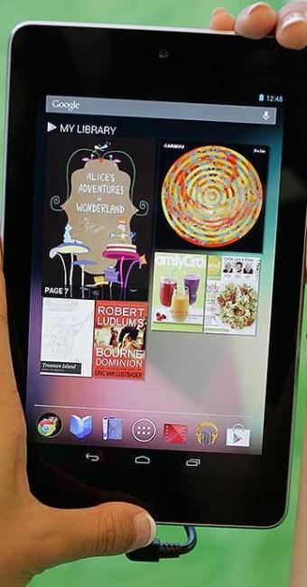 Luz emitida pela tela da tablet inibe indutor natural do sono - Foto: Ag. A TARDE