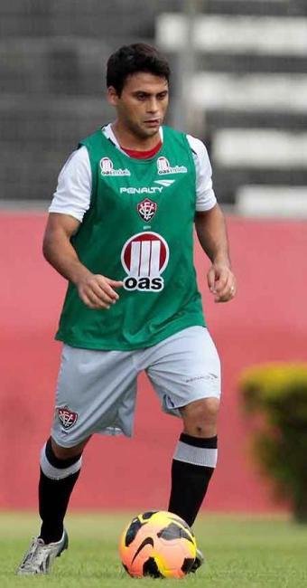 Artilheiro do Brasileirão com três gols, Maxi é a principal arma do Vitória para encarar o Vasco - Foto: Eduardo Martins   Ag. A TARDE