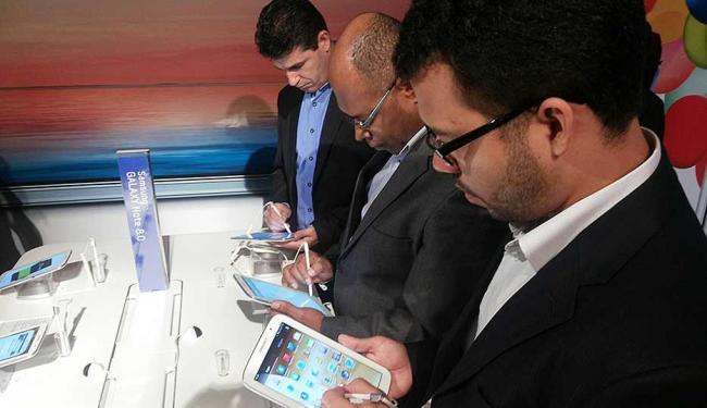 O Galaxy Tab 8.0 também foi anunciado e o público pôde testar o tablet - Foto: Bruno Porciuncula   Ag. A TARDE