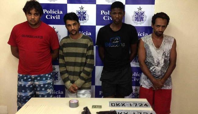 Quadrilha é suspeita de roubar mais de 50 carros e levar vítimas para saques em caixas eletrônicos - Foto: Polícia Civil   Ascom
