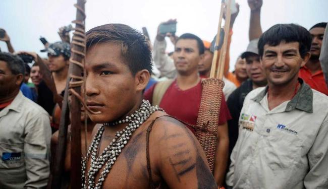 Manifestantes não cumprem ordem de reintegração de posse - Foto: Agência Reuters