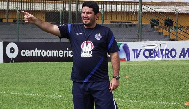 Para o técnico interino, viagem desgastante e segundo jogo da Copa BR justificam uso dos reservas - Foto: Assessoria do Esporte Clube Bahia / Divulgação