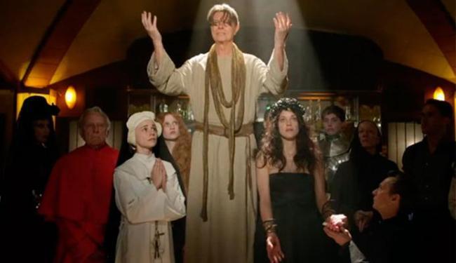O vídeo foi retirado do ar por mostrar Bowie como um profeta - Foto: Reprodução