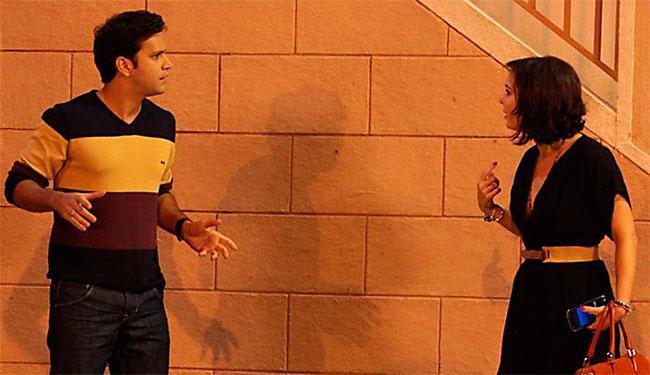 Noivo não desconfia que Renata está confusa por causa de Tito - Foto: TV Globo | Divulgação