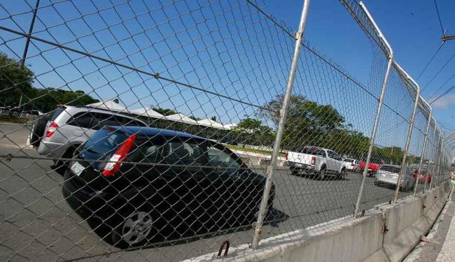 O circuito de rua do CAB segue em construção para a corrida do próximo dia 19 - Foto: Eduardo Martins   Ag. A TARDE