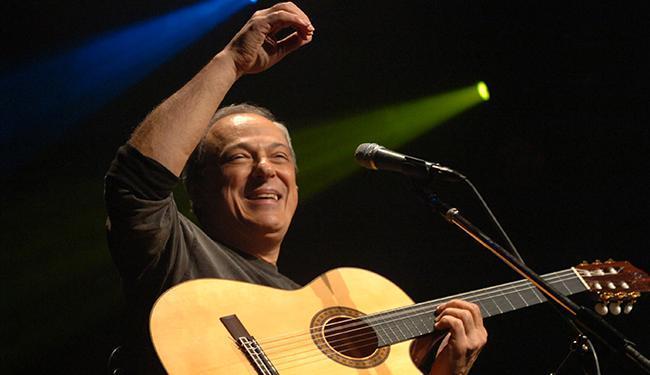 O cantor Toquinho se apresenta neste sábado no Shopping Paralela - Foto: Divulgação | Palco Produções