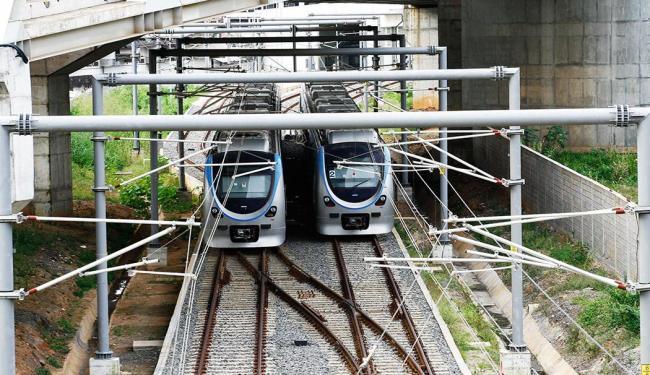 Considerado um dos mais caros do mundo, o metrô de Salvador, com 6 km, só tem servido para chacota - Foto: Margarida Neide | Agência A TARDE