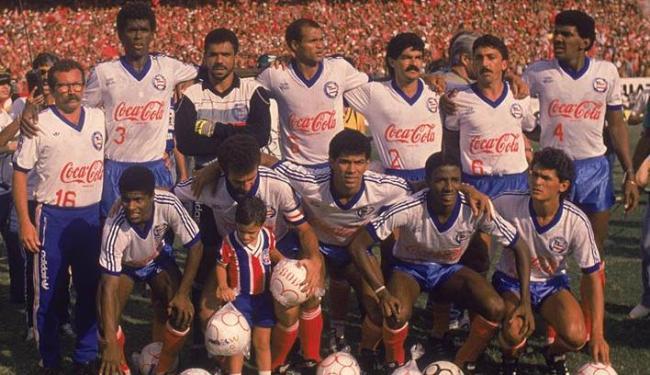 Paulo Rodrigues (ao centro, de pé) disse em carta que o Bahia