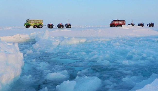 Exploradores partiram em jornada que levou dois meses e meio - Foto: Agência AFP