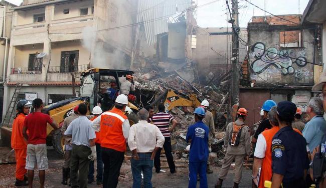 Há suspeitas de que no local do acidente funcionava uma fábrica de fogos de artifício - Foto: Joá Souza | Ag. A TARDE