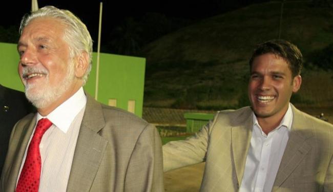 Wagner e MGF na inauguração de Pituaçu em 2009: agora, em lados opostos por pedido de renúncia - Foto: Lúcio Távora | AG A TARDE