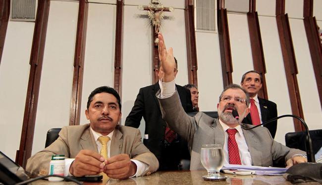 Sem assinaturas, CPI foi derrubada pelo presidente da Alba - Foto: Eduardo Martins   Ag. A TARDE