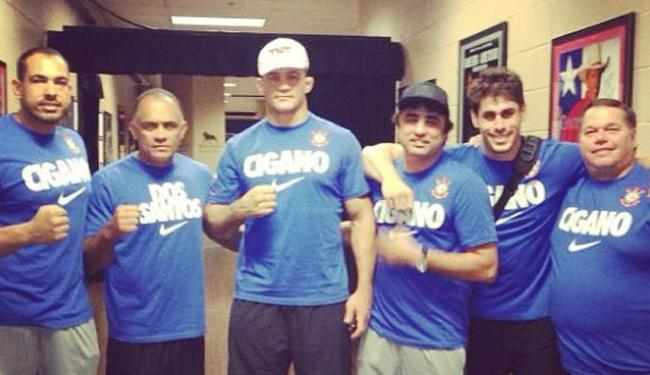 Cigano já está nos Estados Unidos treinando para a luta deste sábado, 25, em Las Vegas - Foto: Instagram de Junior Cigano / Reprodução