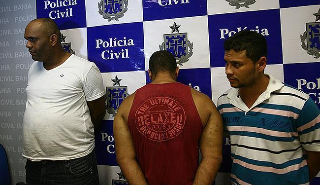 Trio foi apresentado ns sede da Polícia Civil, na Praça da Piedade - Foto: Fernando Amorim   Ag. A TARDE