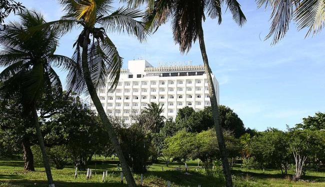 Nesta segunda, hotel deve ser interditado pelo órgão municipal - Foto: Fernando Amorim   Ag. A TARDE