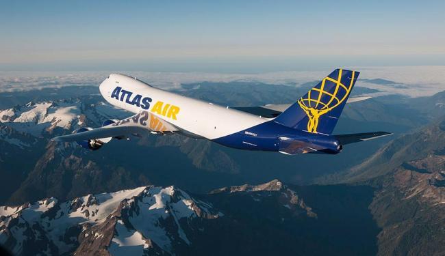 Boeing 747-8F da Atlas Air tem mais de 76 metros de comprimento - Foto: Divulgação