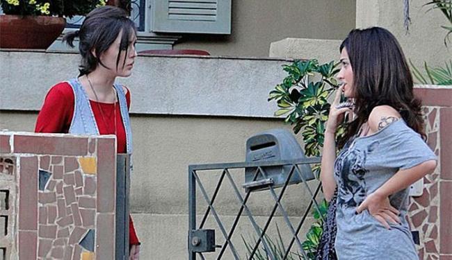 Giane descobre que Bento beijou Amora e fica revoltada - Foto: TV Globo   Divulgação