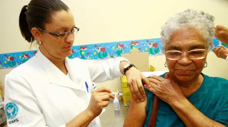 Na Bahia, mais de 3 milhões de pessoas podem ser vacinadas - Foto: Margarida Neide | Ag. A TARDE