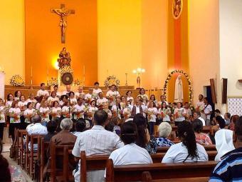 Trezena de Santo Antônio reúne fiéis em torno de orações, cânticos e louvores ao santo casamenteiro - Foto: Divulgação