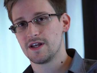 Edward Snowden, de 29 anos, é ex-agente da CIA - Foto: Reprodução | Vídeo | The Guardian