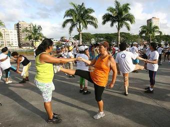 Quem pratica atividade física acumula menos tensão e fica menos estressado - Foto: Joá Souza | Ag. A TARDE