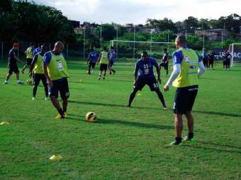 Em volta aos trabalhos, maior parte do elenco tricolor participa de treino técnico no Fazendão - Foto: Esporte Clube Bahia | Divulgação