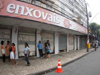 Dirigentes lojistas se queixam de ter que fechar as portas durante os jogos - Foto: Lúcio Távora | Ag. A TARDE