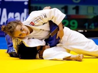 Nathália Brígida vendeu três lutas na categoria 48Kg - Foto: Divulgação | CBJ