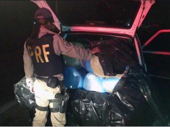 Um dos condutores transportava cerca de 100kg de maconha - Foto: Divulgação   PRF